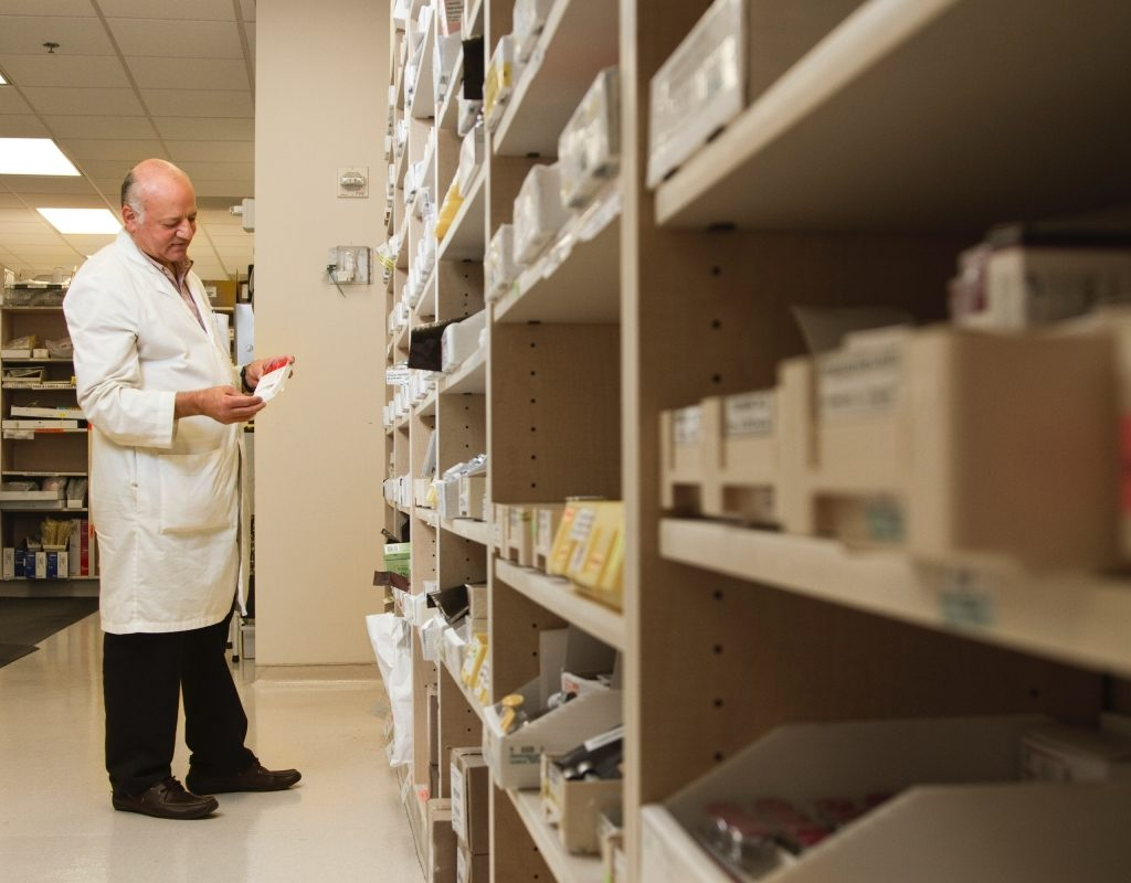 ResuMeds pharmacist resume example a pharmacist checking medicines